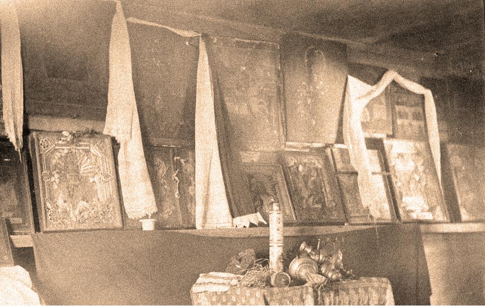 Иконостас в сямозерской деревне